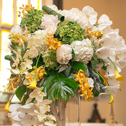 Ceremony Flowers, Niagara Weddings