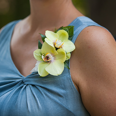 Boutonnieres & Corsages, Niagara Weddings